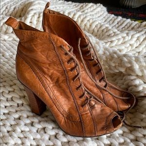Camel Sam Edelman Lace Up Boots